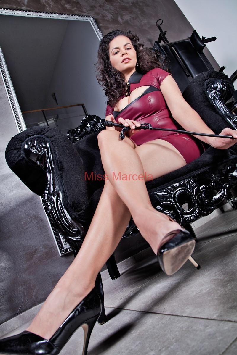 Miss-Marcela-Latex-1