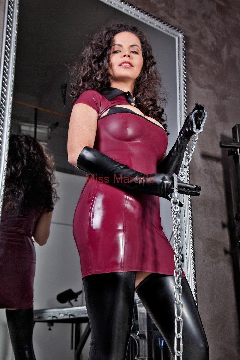 Miss-Marcela-Latex-10