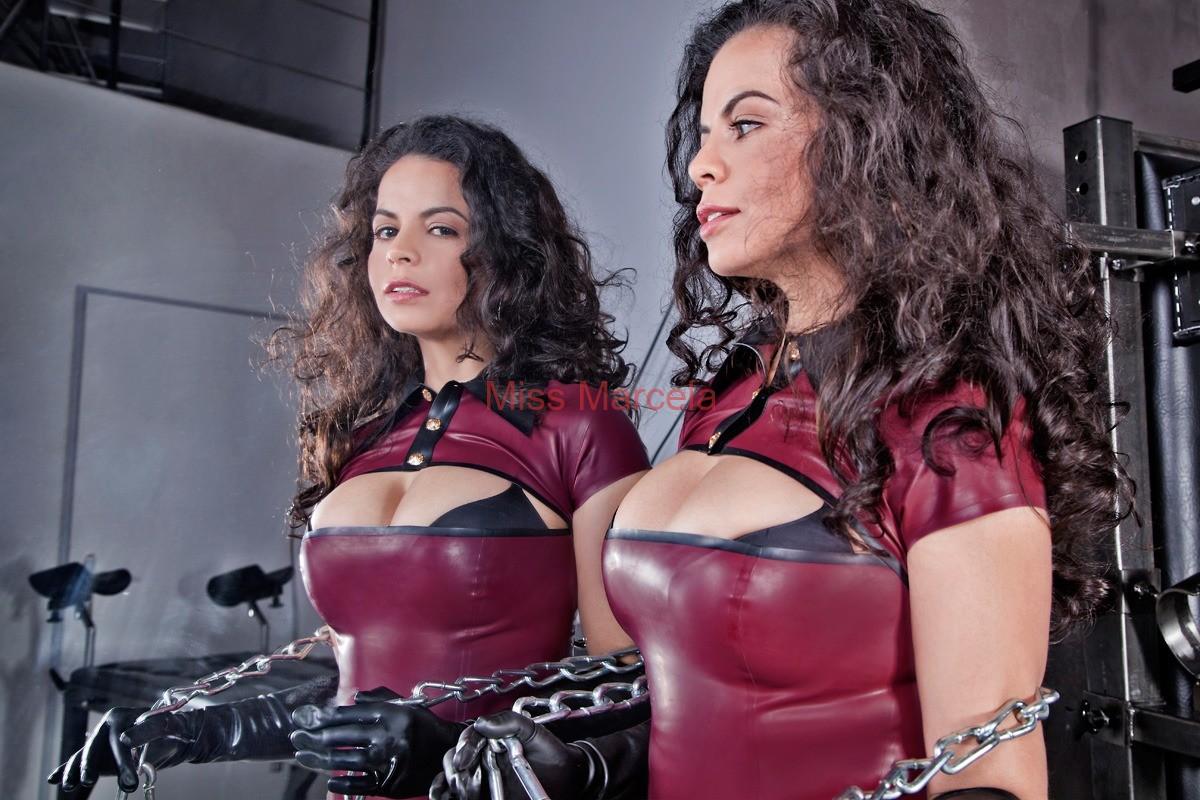 Miss-Marcela-Latex-12