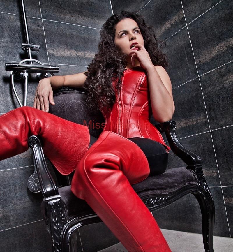 Miss-Marcela-Leder-1