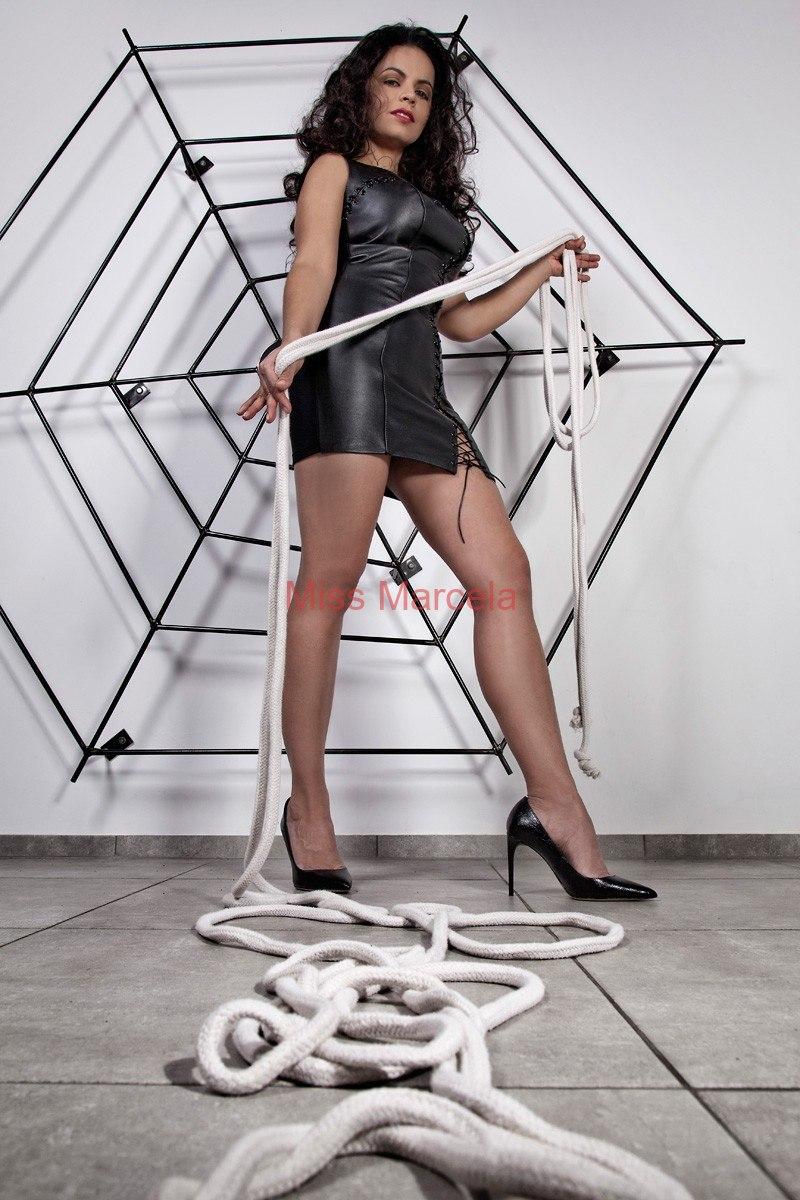 Miss-Marcela-Leder-5